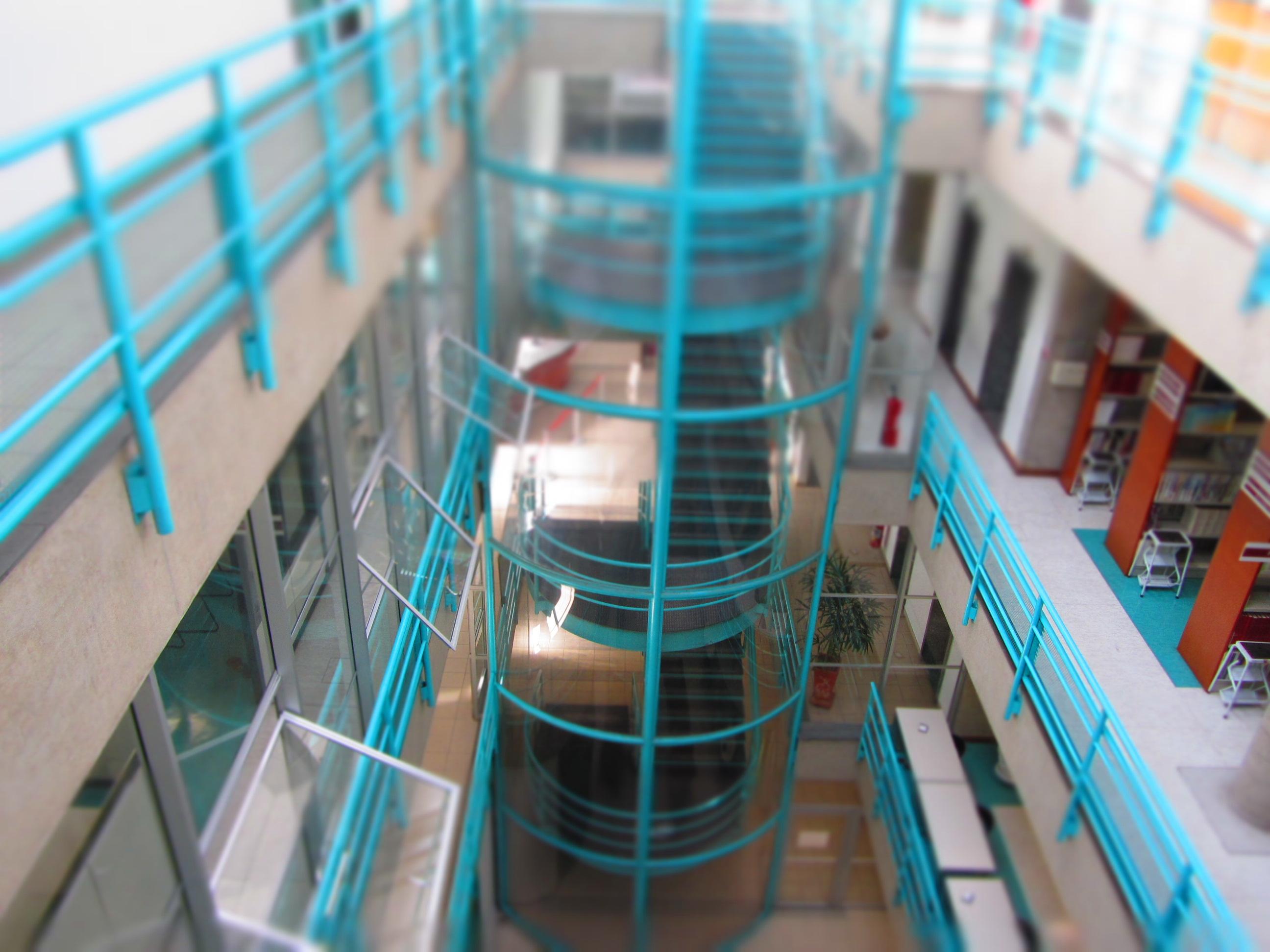 Vista interna da Biblioteca