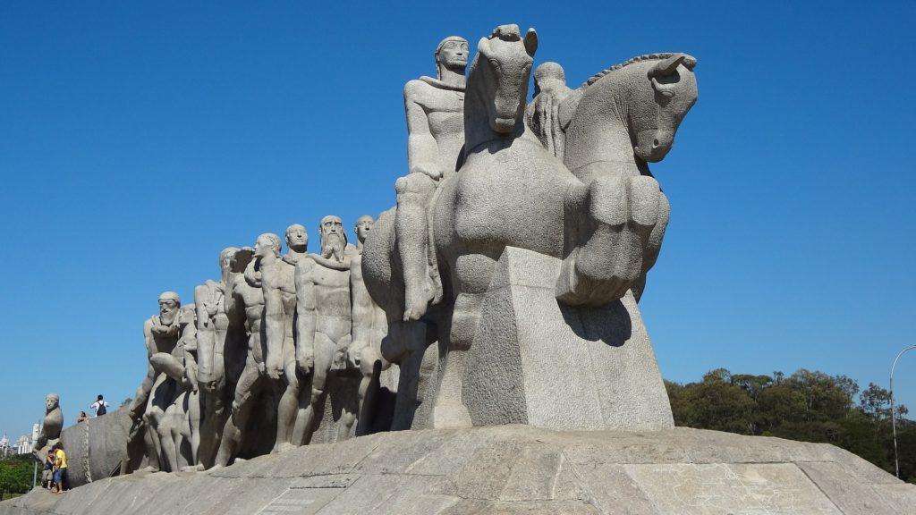 Monumento às Bandeiras, em São Paulo, é uma das obras ligadas a memórias dolorosas