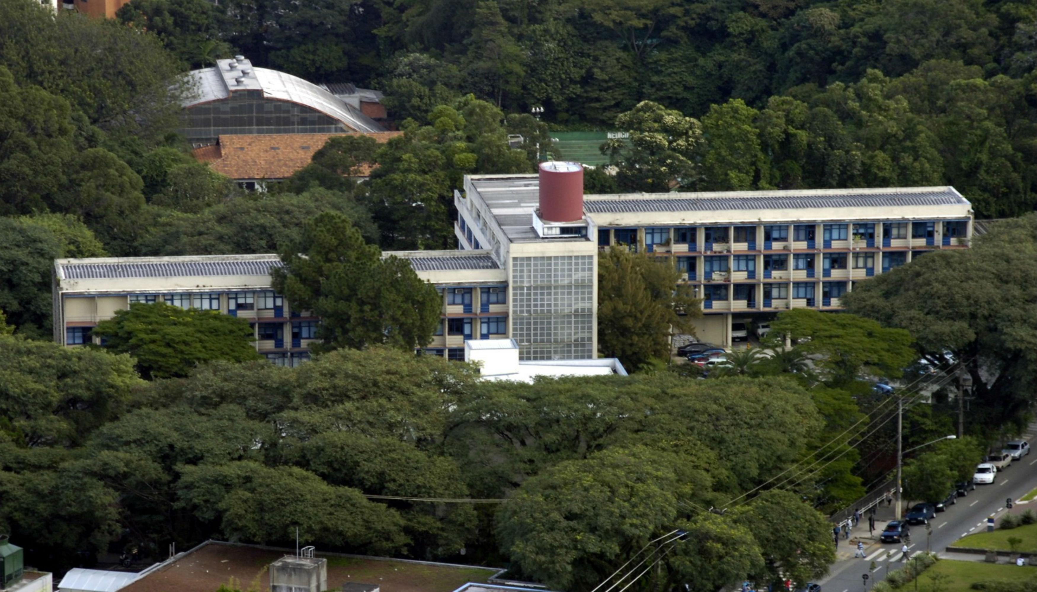 Escola Enfermagem